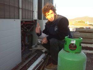 IMG 20161115 161912 300x225 - Ricarica gas a condizionatori e climatizzatori Grosseto